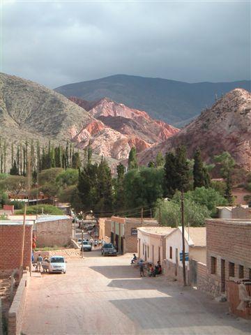 berg met zeven kleuren, Purmamarca